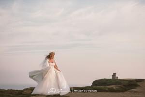 Cliffs-of-Moher-Aran-Islands-Wedding-in-Ireland-Laura-and-Mitch-11(pp_w890_h593)