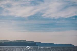 Cliffs-of-Moher-Aran-Islands-Wedding-in-Ireland-Laura-and-Mitch-19(pp_w890_h593)