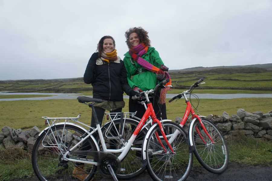 Twins cycling to Dun Aonghasa