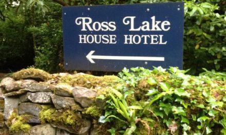 Ross Lake House Hotel