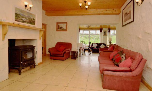 Cottage 216 – Roundstone